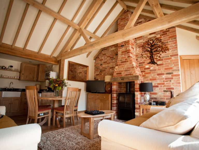 Cottage-Old-Spot-Lounge-gallery-Poppinghole-Farm-Spa
